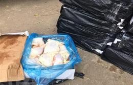 Phát hiện thịt gà không rõ nguồn gốc trên xe khách