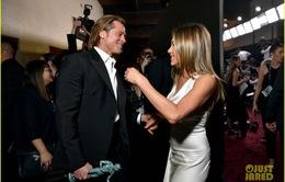 Brad Pitt gây sốt với hình ảnh tái hợp với vợ cũ Jennifer Aniston