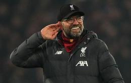 """Man Utd sụp đổ tại Anfield, HLV Klopp từ chối """"tiệc tùng"""" cùng CĐV Liverpool"""
