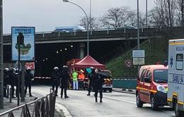 Tiêu diệt đối tượng tấn công bằng dao tại Pháp