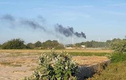 Cháy tuabin trụ điện gió tại Bình Thuận