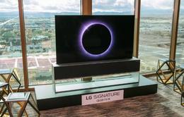 """[CES 2020] TV cuộn tròn, biến mất như """"ảo thuật"""" của LG có giá gần 1,4 tỷ đồng"""