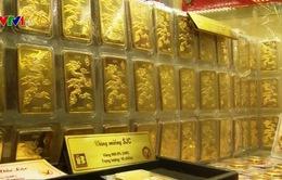 Giá vàng SJC trong nước giảm mạnh 600.000 đồng mỗi lượng