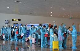 """Tạm dừng chuyến bay quốc tế, thị trường nội địa """"gánh"""" tăng trưởng cho ngành hàng không"""