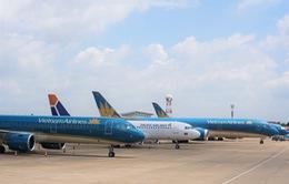 Các hãng hàng không điều chỉnh lịch bay vì cơn bão số 7