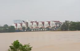 Khó khăn chồng chất khi lũ đi qua quê nghèo Quảng Trị