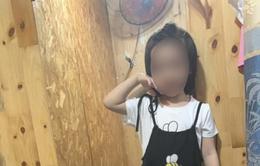 Bé gái 5 tuổi tử vong nghi do học theo trò thắt cổ trên YouTube
