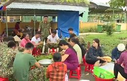 Người dân Thừa Thiên - Huế tiếp sức cho lực lượng cứu hộ ở Rào Trăng 3