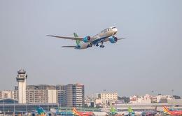 Miễn phí vé máy bay cho người đi làm từ thiện ở miền Trung