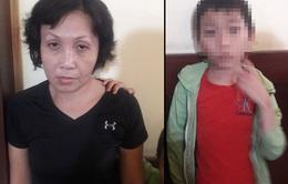 Bắt người phụ nữ ép con trai ăn trộm tiền của cụ bà bán nước