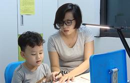 """Phụ huynh than """"nặng"""", giáo viên """"đánh vật"""" với chương trình tiếng Việt lớp 1"""
