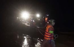 Quảng Bình cứu trợ người dân trong đêm