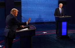 """Tranh luận bầu cử Tổng thống Mỹ: Ông Trump nói """"vì những người như ông Joe Biden"""" nên mới ra tranh cử"""