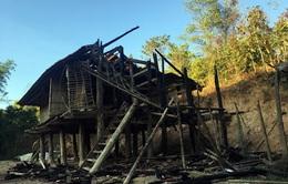 Hỏa hoạn thiêu rụi nhà sàn trong đêm, cụ bà 81 tuổi tử vong
