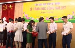 Trao 2.200 suất học bổng Vallet cho học sinh, sinh viên xuất sắc