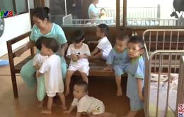 Những đứa trẻ mồ côi