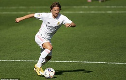 Luka Modric sẵn sàng giảm lương để ở lại Real Madrid