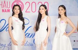 Bạn gái tin đồn của Đoàn Văn Hậu nổi bật tại họp báo Bán kết Hoa hậu Việt Nam 2020