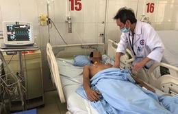 Cấp cứu 2 bệnh nhân ngộ độc thuốc trừ sâu nặng