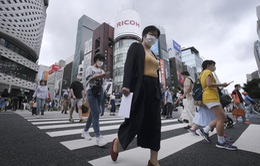 Cảnh báo nguy cơ dịch COVID-19 lây lan với tốc độ khó kiểm soát ở Nhật Bản