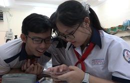 Giáo viên nêu ra loạt khó khăn khi cho học sinh sử dụng điện thoại trong lớp học