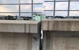 Dầm cầu cạn metro số 1 TP.HCM bị sự cố
