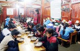 Siết chặt quản lý các bếp ăn tập thể trường học