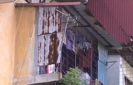 Vướng mắc trong việc di dời dân khỏi các chung cư nguy hiểm ở Hà Nội