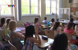 Trên 300.000 học sinh Đức phải cách ly vì COVID-19