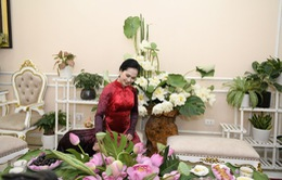 NSND Lan Hương nhận quà đặc biệt nhân ngày Nhà giáo Việt Nam
