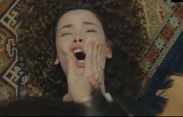 Trái tim phụ nữ: Thấy Bahar bị em gái đánh, Ceyda và Yeliz tìm đến tận nhà đánh Sirin nhừ tử