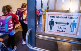 Hơn 300.000 học sinh ở Đức phải cách ly do COVID-19
