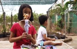 Cô bé 9 tuổi với ước mơ trở thành nhà thiết kế thời trang