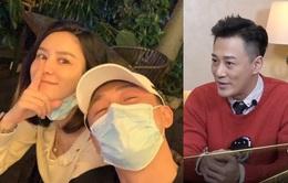 Lâm Phong không thể ngừng cười khi nhắc đến vợ và con gái