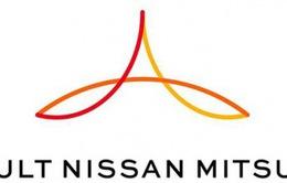 """Rộ thông tin Nissan """"dứt tình"""" với Mitsubishi"""