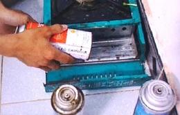 Người đàn ông bị đứt bàn tay phải vì bình gas mini phát nổ