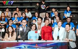 H'Hen Niê rạng rỡ làm giám khảo Trường Teen 2020