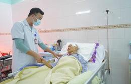 Loại bỏ khối u màng não cho cụ bà 81 tuổi