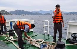 Khó khăn tìm kiếm 23 ngư dân mất tích trên biển do có sóng cấp 5-6