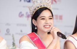 Hoa hậu Việt Nam Đỗ Thị Hà trải lòng về áp lực trước các nàng Hậu tiền nhiệm