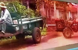 Xe tự chế, máy nông cụ - Mối nguy tiềm ẩn tai nạn giao thông mùa thu hoạch cà phê tại Đắk Lắk