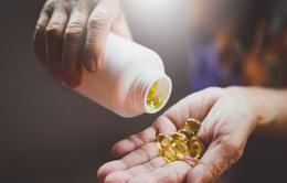 Anh cung cấp vitamin D miễn phí cho nhóm đối tượng dễ bị tổn thương