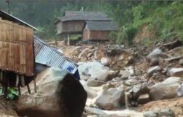 Sạt lở xóa sổ 1 làng ở Quảng Ngãi