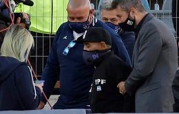 Cựu danh thủ Diego Maradona phải nhập viện để phẫu thuật não