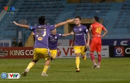 VIDEO: Quang Hải volley lập siêu phẩm vào lưới CLB Sài Gòn