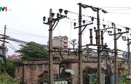 Hàng nghìn hộ dân chịu thiệt khi mua điện qua trung gian
