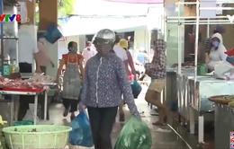 Thị trường thực phẩm trở lại bình thường sau mưa lũ