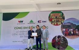 Xây dựng giếng nước sạch cho học sinh huyện Mường Lát