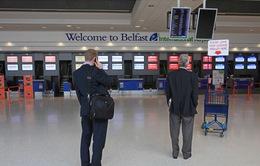 Nhiều nước đóng cửa đường bay với Anh do lo ngại biến thể của virus SARS-CoV-2