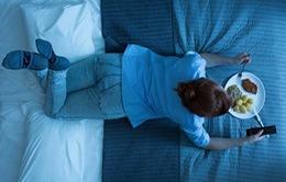 Phát hiện mới: Ăn khuya có thể làm tăng nguy cơ mắc ung thư?